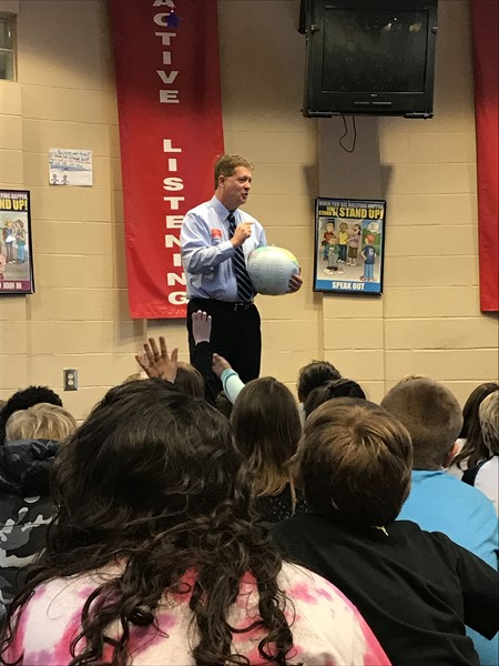 Byron Douglas visits 4th grade.