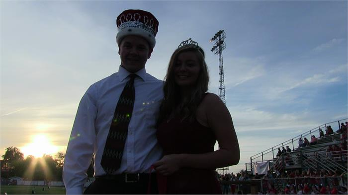 2014 Basketball Homecoming King and Queen Grant Sanders and Emily Olberding