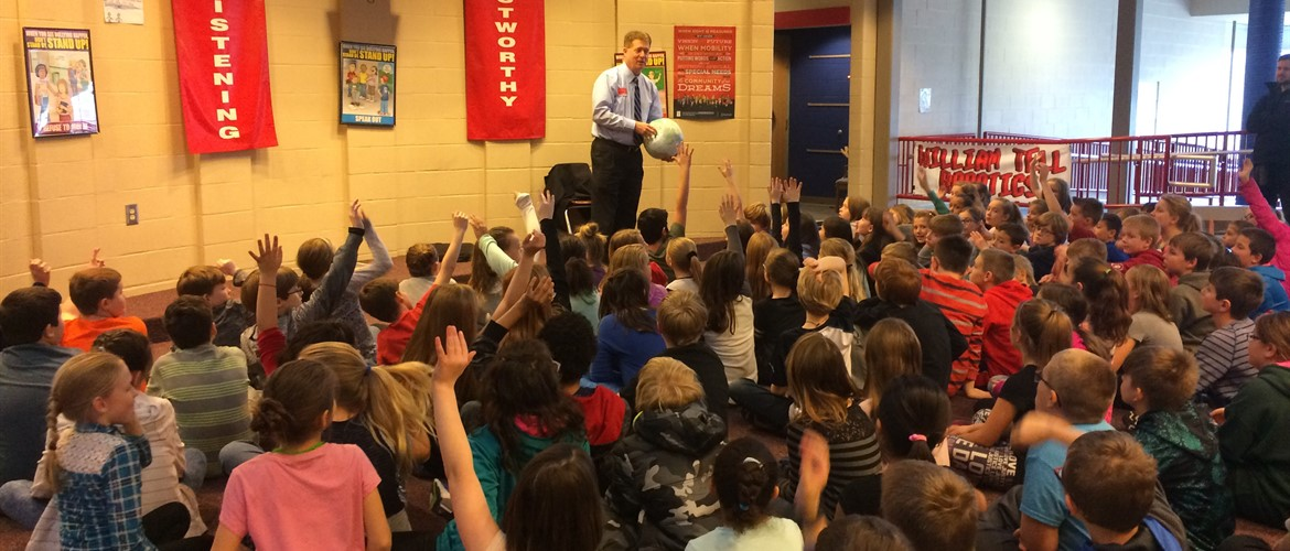 Byron Douglas from Channel 14 News visits 4th grade. See other photos in Photo Gallery.