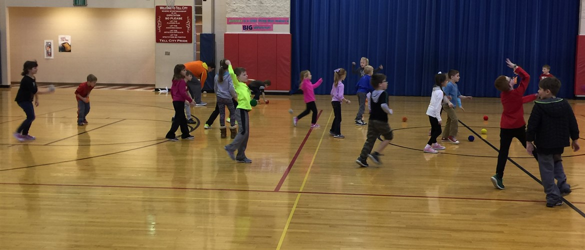 "First grade had a ""snowball"" fight."