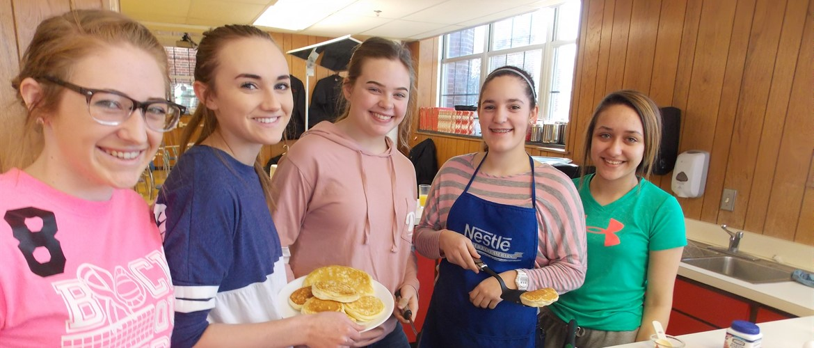 Pancakes on the menu in the cooking class.