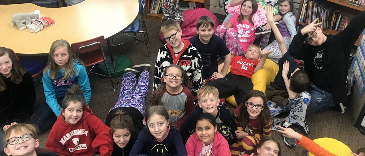 Ms. Terry's class in pajamas practicing ISTEP.