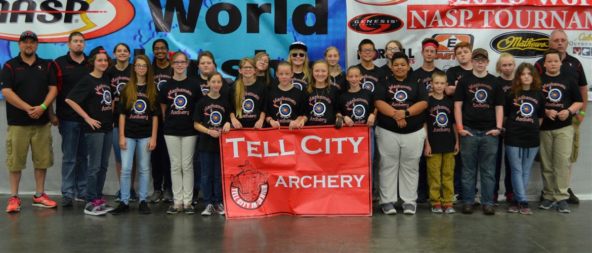Tell City Marksmen Archery Middle School group photo.